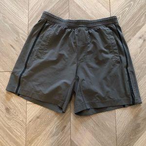 Lululemon Men's Gray Shorts Size L